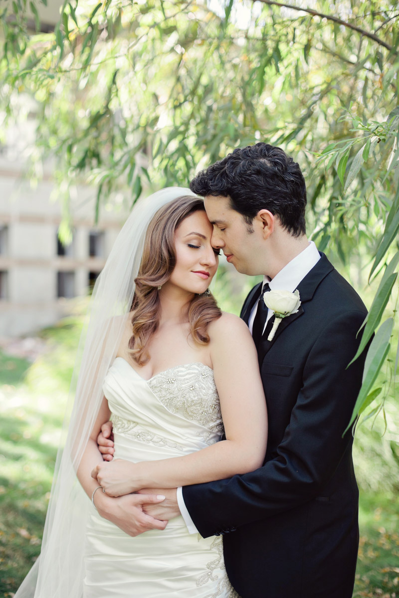 Six tips for lovely wedding photos