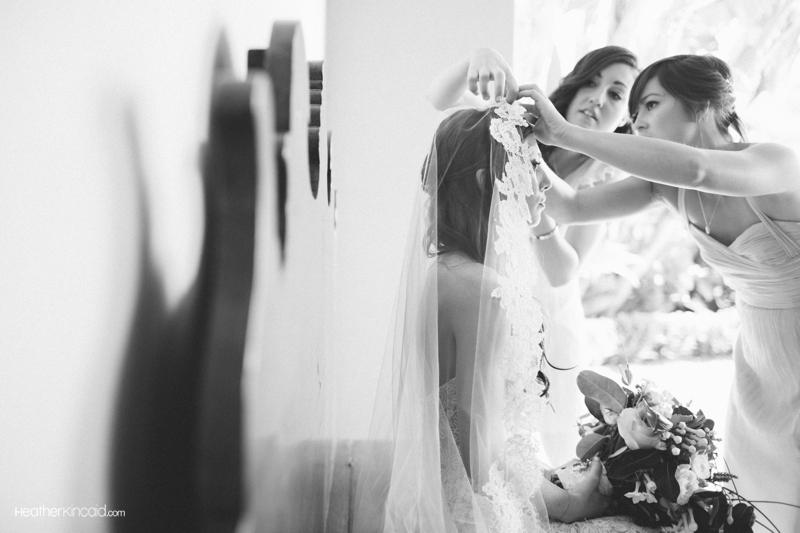 pelican-hill-wedding-rustic-glamour-erica-teddy-008