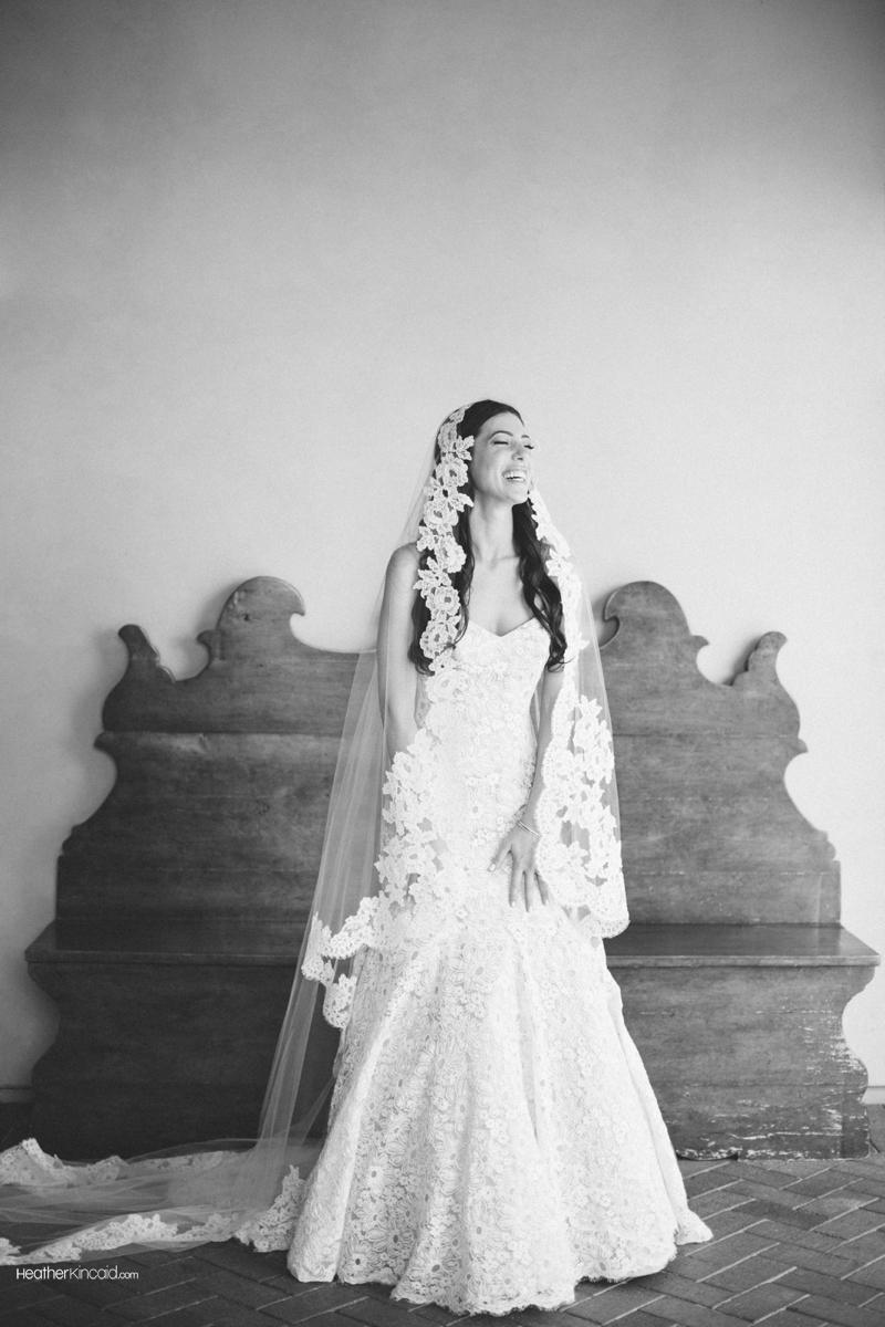 pelican-hill-wedding-rustic-glamour-erica-teddy-010
