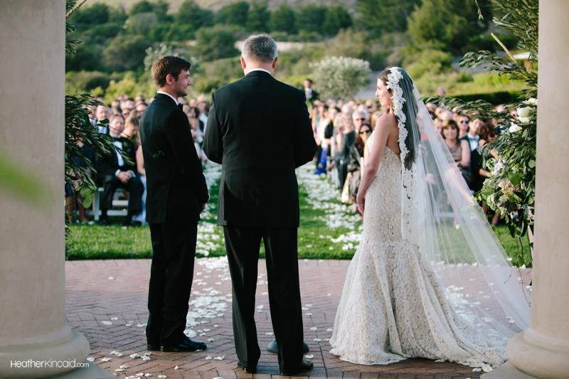 pelican-hill-wedding-rustic-glamour-erica-teddy-031